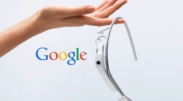 3VersionsofGoogleGlass2